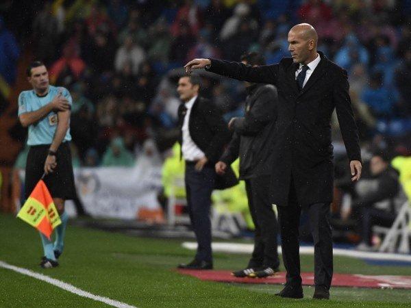 Berita Liga Spanyol: Zidane Soroti Calon Wasit El Clasico
