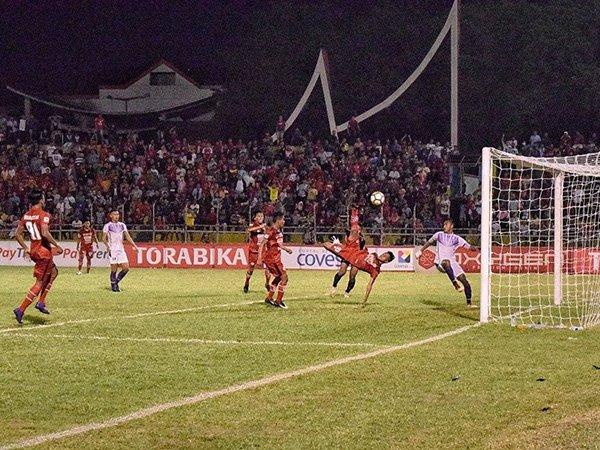 Cetak Gol Salto Ala Ronaldo, Mardiono Pastikan Kemenangan Semen Padang