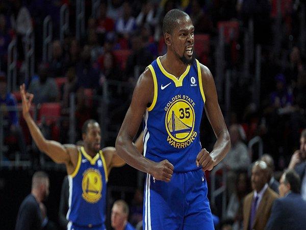 Kevin Durant Menggila, Warriors Hancurkan Cavaliers di Game Ketiga