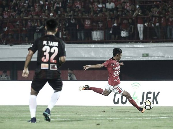Fadil Sausu Dedikasikan Gol ke Persipura untuk Sang Istri