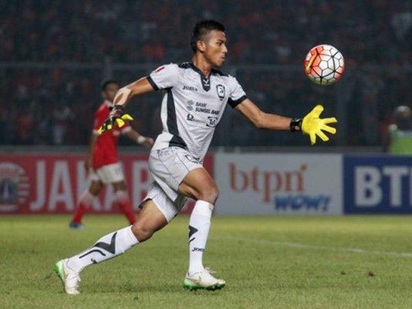 Dukungan Kiper No 1 Sriwijaya FC Untuk Tim Liga 3 Sumbar