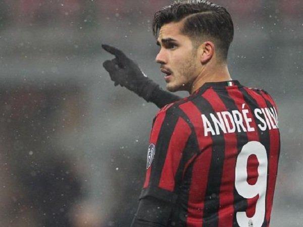 Meski Gagal Bersinar, AC Milan Bakal Pertahankan Penyerang Ini