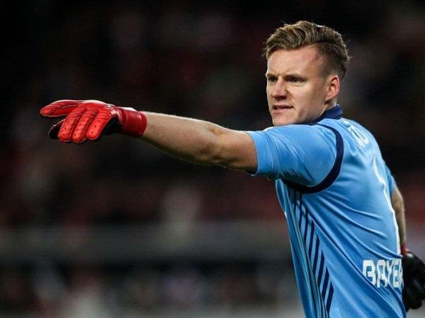Meski Telah Capai Kesepakatan dengan Arsenal, Roma Nekat Bidik Kiper Leverkusen