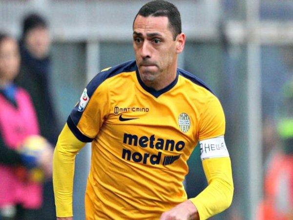 Agen Klaim Gelandang Verona ini Bahas Transfer dengan Lazio dan Roma