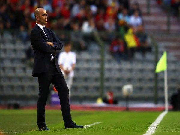 Roberto Martinez Berharap Dua Bek Andalan Belgia Bisa Lekas Pulih