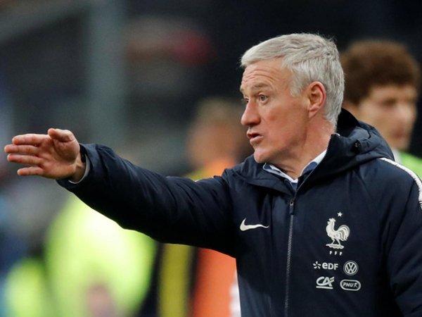 Didier Deschamps Minta Antoine Griezmann Perbaiki Penampilannya