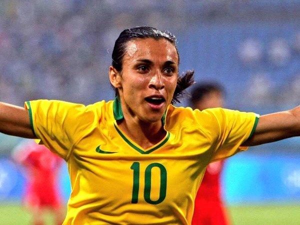 Inilah Atlet Wanita Sepakbola Brazil Patut Diperhitungkan Liga