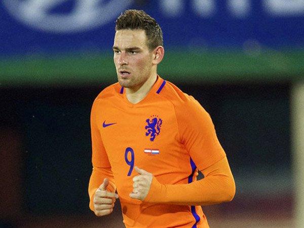 Berita Sepak Bola Vincent Janssen Harus Lupakan Euro  Liga