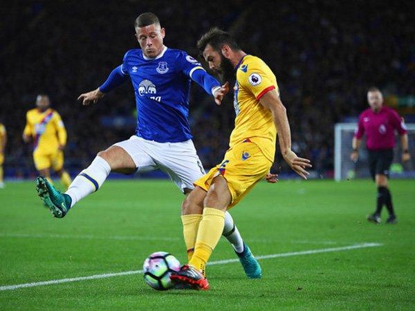 Berita Liga Inggris: Jamie Carragher: Waktunya Ross Barkley Menjadi Pemain Penting Everton