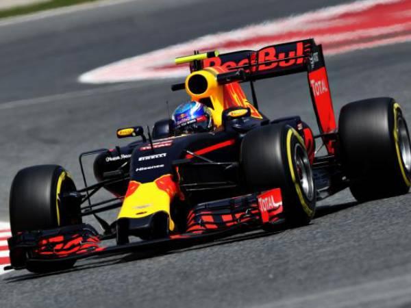 Berita F1: Daniel Ricciardo Juara di GP Malaysia