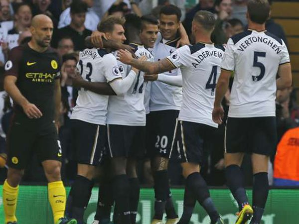 Berita Liga Inggris: Tottenham Hotspurs Putus Rekor Sempurna Manchester City
