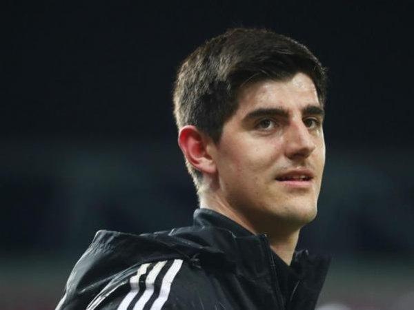 Berita Liga Inggris: Dikabarkan Pindah ke Spanyol, Courtois Tegaskan Dirinya Bahagia di Chelsea