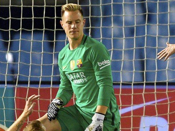 Berita Liga Spanyol: Bikin Blunder Melawan Celta Vigo, Kiper Barcelona Meminta Maaf