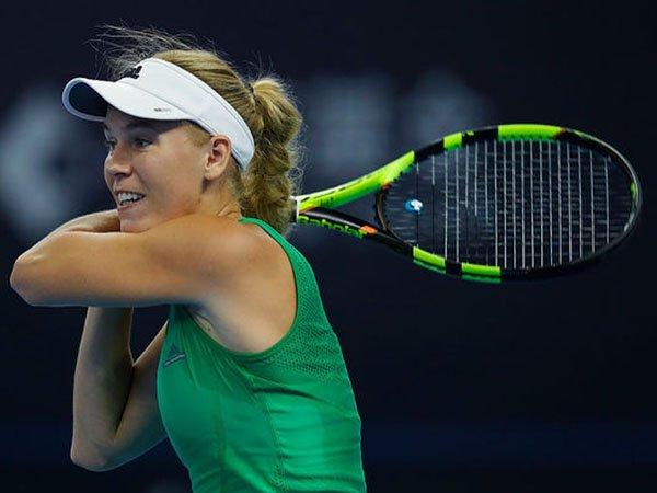Berita Tenis: Caroline Wozniacki Kalahkan Coco Vandeweghe di China Open