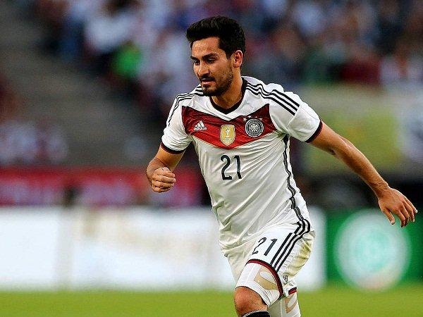 Berita Kualifikasi Piala Dunia: Pemain Ini Siap Gantikan Peran Schweinsteiger di Skuat Der Panzer