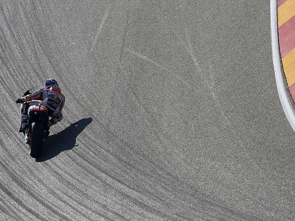 Berita MotoGP: Mesin Honda Untuk Musim 2017 Sudah Siap, Marc Marquez Mengaku Puas