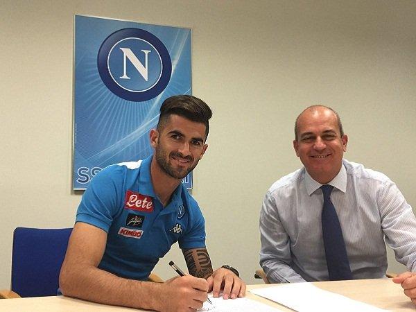 Berita Liga Italia: Napoli Umumkan Kontrak Baru untuk Defender Andalannya