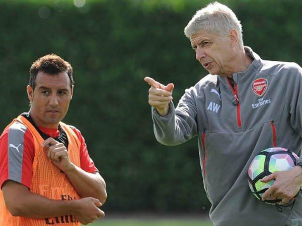 Berita Liga Inggris: Cazorla Berharap Wenger Tetap di Arsenal