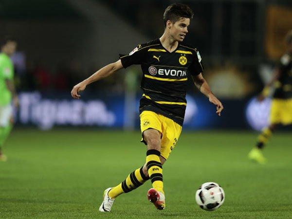 Berita Liga Jerman: Diincar Real Madrid, Dortmund Segera Perpanjang Kontrak Pemain Ini