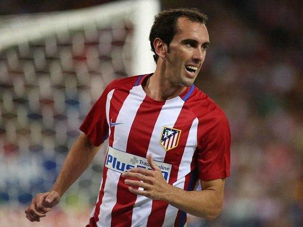 Berita Transfer: Juventus Ikut Serta dalam Perburuan Diego Godin