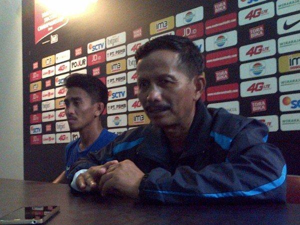 Berita TSC 2016: Tatap Madura United, Djanur Prediksi Jadi Pertandingan Berat
