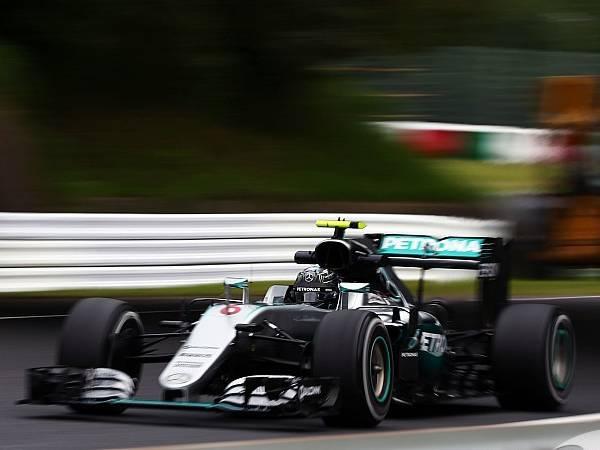 Berita F1: 3 Tim Pimpin FP 3, Lewis Hamilton Melorot Jauh