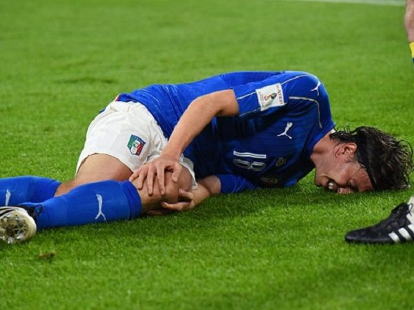 Berita Liga Italia: Riccardo Montolivo Harus Menjalani Operasi Usai Bentrok Italia vs Spanyol
