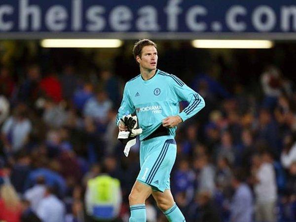 Berita Liga Inggris: Penjaga Gawang Chelsea, Asmir Begovic Ungkap Target Utama The Blues Musim Ini