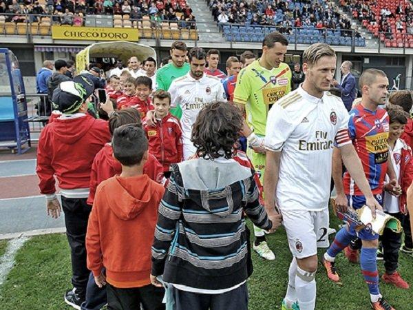 Berita Liga Italia: Tiga Pemain AC Milan Bersinar Saat Kandaskan Chiesso