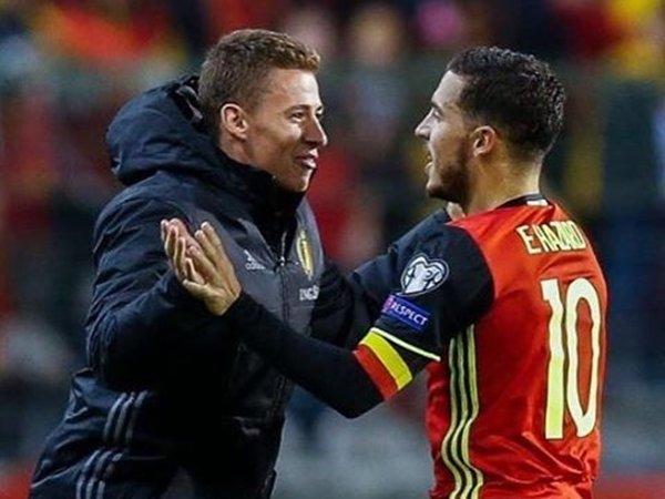 Berita Liga Inggris: Eden Hazard Rayakan Kemenangan Belgia Bersama Sang Adik