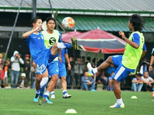 Berita TSC 2016: Jelang Persib vs Bhayangkara FC, Kim Jeffrey Siap Hadang Bocah Ajaib Indonesia