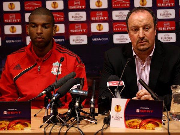 Berita Liga Inggris: Ryan Babel Klaim Kariernya Gagal di Liverpool Karena Tidak Ada Yang Membimbingnya