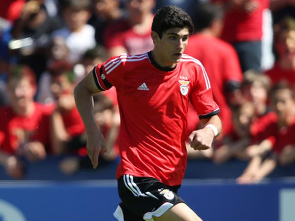 Berita Transfer: Diminati Atletico Madrid, Benfica Bersedia Lepas Pemain Ini Asal...