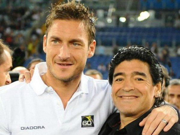 Ragam Liga Italia: Maradona Anggap Totti Setara 40 Pemain