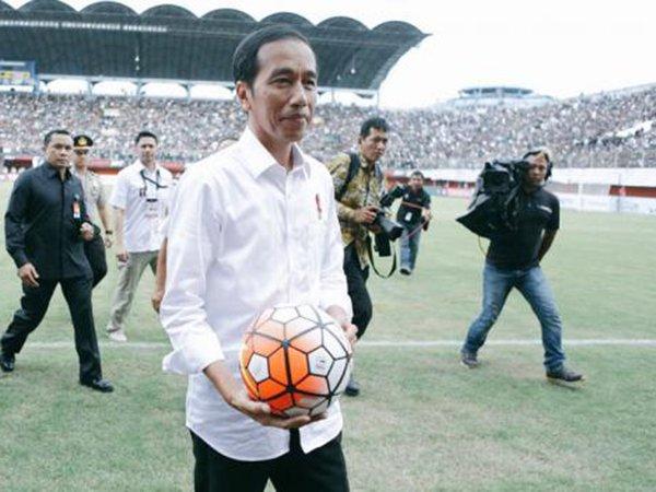 Buka Piala Presiden Ini Pesan Jokowi Untuk Insan Sepak Bola