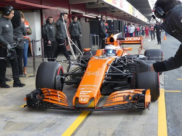 Berita F1: Masalah Teknis Tak Pernah Selesai, Fernando Alonso Mulai Kehilangan Kesabaran