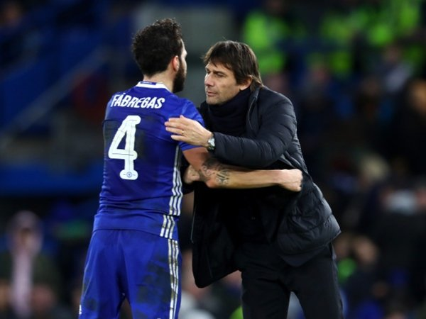 Berita Liga Inggris: Ganti Moses dengan Fabregas, Conte Akui telah Ambil Keputusan Berisiko