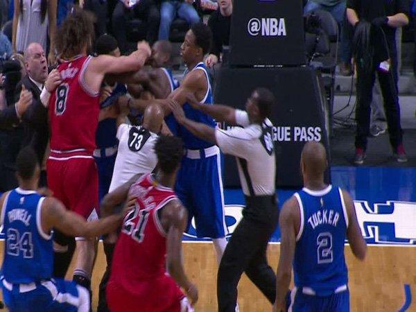Berita Basket: Kemenangan Raptors atas Bulls Diwarnai Adu Jotos Para Pemain