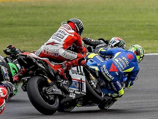 Berita MotoGP: Andrea Iannone Salahkan Lorenzo dan Penalti