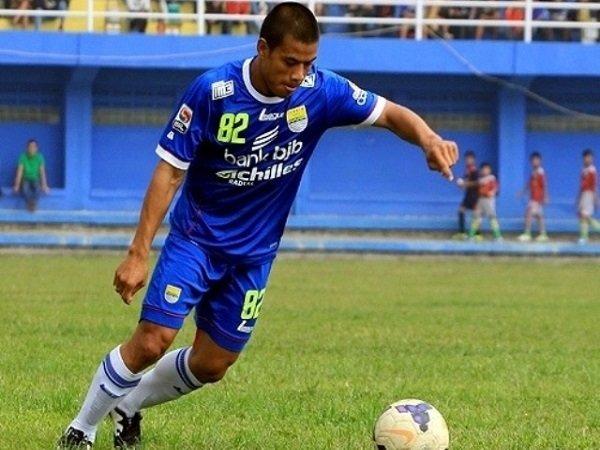 Berita Liga 1 Indonesia: Tantan Siap Hadapi Permainan Keras Borneo FC