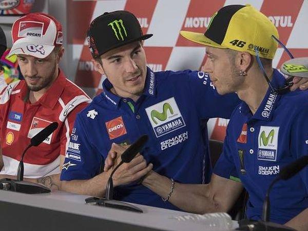 Berita MotoGP: Rossi: Vinales Tak Punya Sejarah Bersama Yamaha