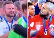 Ragam Liga Inggris: Fans Arsenal Gunakan Mustafi dan Vidal untuk Balas Sindiran Terhadap Bellerin