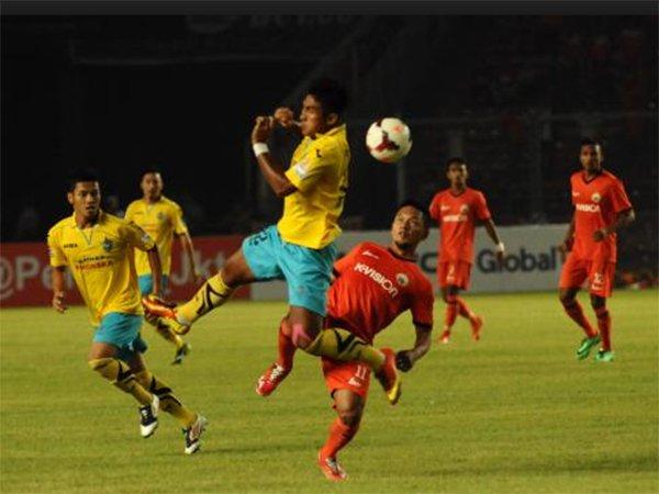 Review Liga 1 Indonesia Persegres 1 1 Persija Jakarta Huja Liga