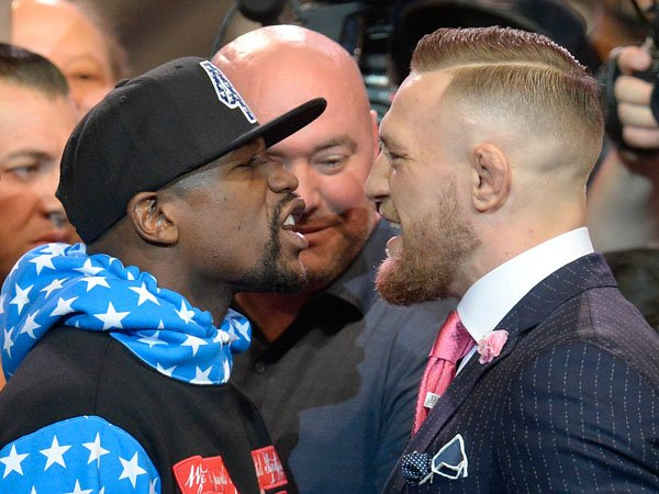 Berita Tinju: McGregor Dituduh Rasis, Mayweather Keluarkan Ujaran Homophobic