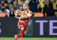 Berita Transfer: Agen Tegaskan Sneijder Tak Sedang Bernegosiasi dengan Nice