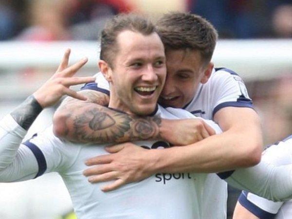 Berita Transfer: Aberdeen Sukses Dapatkan Penyerang Preston, Stevie May