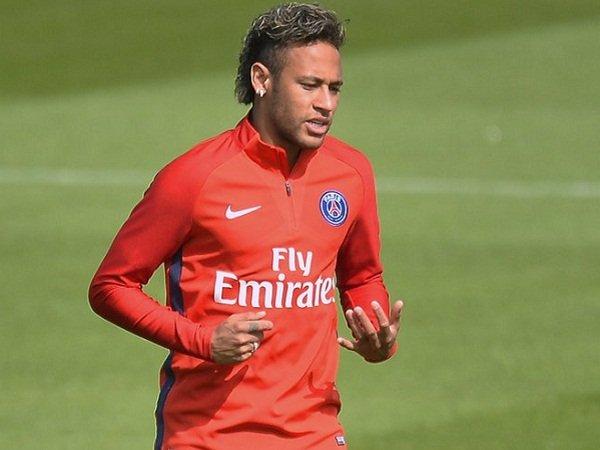 Berita Transfer: Neymar Takkan Tuntut Barcelona Soal Pembekuan Bonus Loyalti