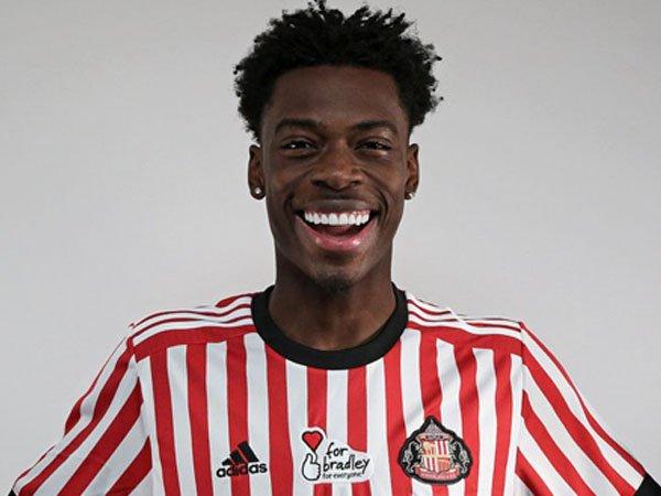 Liverpool Resmi Pinjamkan Ovie Ejaria ke Sunderland