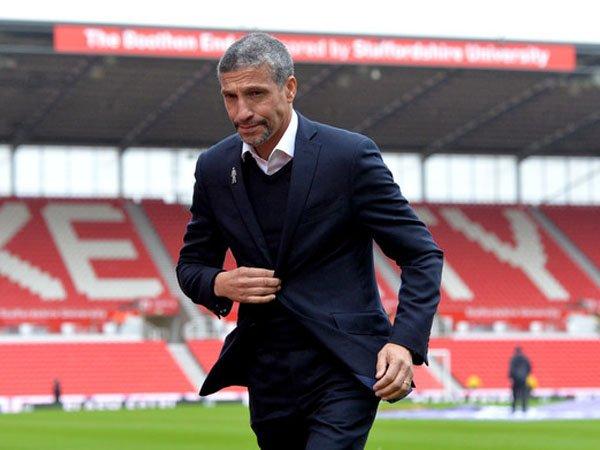 Hughton Puas Brighton Mampu Beradaptasi dengan Premier League