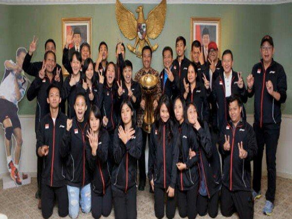 Wah! Menpora Beri Bonus 5 Miliar Untuk Tim Badminton Indonesia